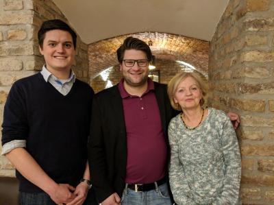 Der neue Vorsitzende Bastian Herzig mit seinen beiden Stellvertretern Constantin Poretschkin (li.) und Christiane Schaaf (re.). Foto: Tobias Polley