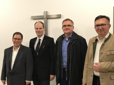 v.r.n.l. OV- und OMV-Vorsitzender Peter Spyra, Referent Dr. Andreas Püttmann, EAK-Vorsitzender Ingo Schulze, Dr. Philip Rosin
